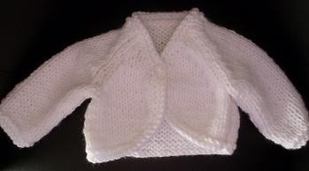 BOLERO blanc tricoté main pour bébé
