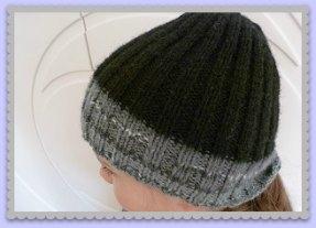 création bonnet enfant bi-colore