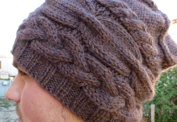 bonnet homme avec torsades tricoté main