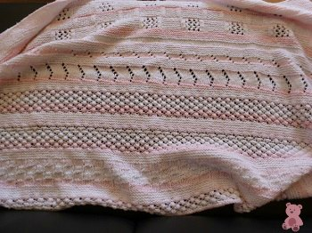 Cr?ion couverture b? tricot?main