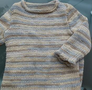 pull en coton tricoté main pour fille