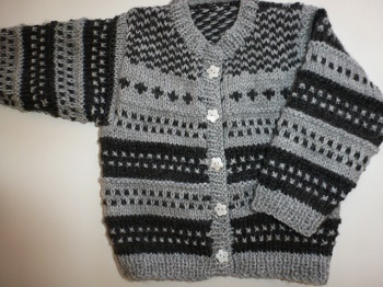 CREATION veste bébé tricotée main point fantaisie